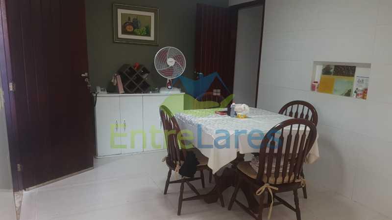 13. - Casa com possibilidade para 2 famílias. Jardim Carioca, 4 quartos sendo 1 suíte, cozinha planejada, box blindex, 2 vagas. Rua Orcadas - ILCA40075 - 13