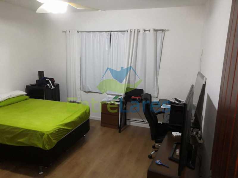 14. - Casa com possibilidade para 2 famílias. Jardim Carioca, 4 quartos sendo 1 suíte, cozinha planejada, box blindex, 2 vagas. Rua Orcadas - ILCA40075 - 14