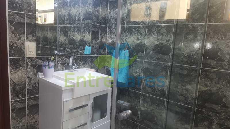 17. - Casa com possibilidade para 2 famílias. Jardim Carioca, 4 quartos sendo 1 suíte, cozinha planejada, box blindex, 2 vagas. Rua Orcadas - ILCA40075 - 16