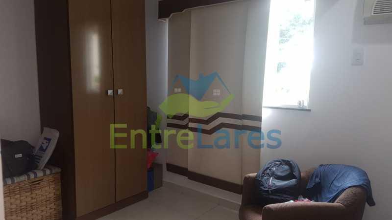 22. - Casa com possibilidade para 2 famílias. Jardim Carioca, 4 quartos sendo 1 suíte, cozinha planejada, box blindex, 2 vagas. Rua Orcadas - ILCA40075 - 21