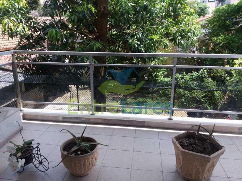 14 - Apartamento na Pitangueiras 3 quartos planejados sendo 1 suíte com acesso a varanda, cozinha planejada, varanda, lavabo, dependência, 2 vagas de garagem. Rua Engenheiro Maia Filho - ILAP30249 - 7