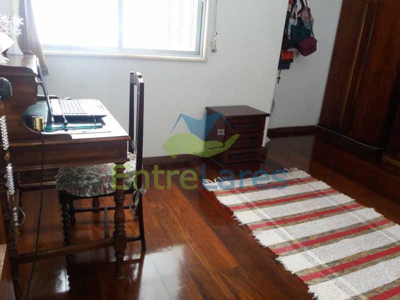 22 - Apartamento na Pitangueiras 3 quartos planejados sendo 1 suíte com acesso a varanda, cozinha planejada, varanda, lavabo, dependência, 2 vagas de garagem. Rua Engenheiro Maia Filho - ILAP30249 - 9
