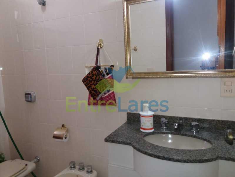 30 - Apartamento na Pitangueiras 3 quartos planejados sendo 1 suíte com acesso a varanda, cozinha planejada, varanda, lavabo, dependência, 2 vagas de garagem. Rua Engenheiro Maia Filho - ILAP30249 - 12