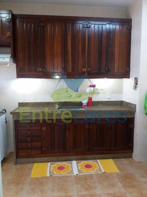 51 - Apartamento na Pitangueiras 3 quartos planejados sendo 1 suíte com acesso a varanda, cozinha planejada, varanda, lavabo, dependência, 2 vagas de garagem. Rua Engenheiro Maia Filho - ILAP30249 - 18