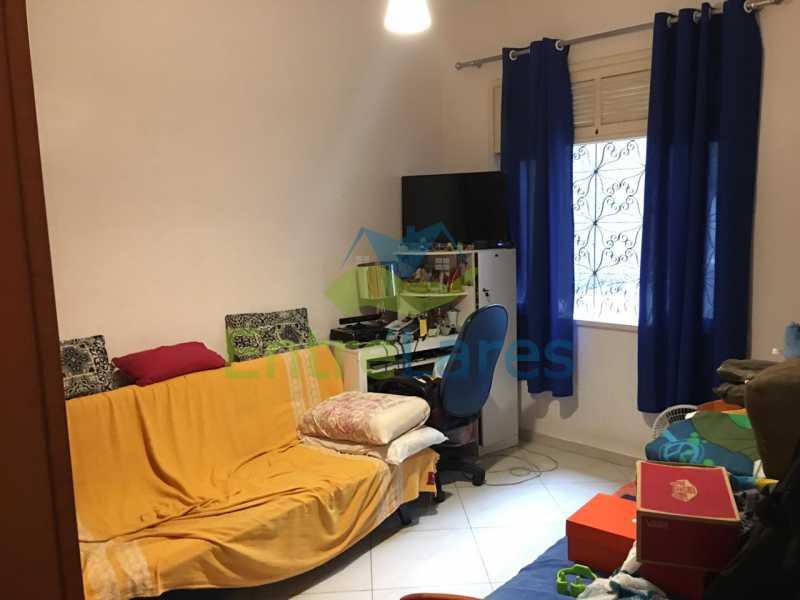 IMG-20190130-WA0319 - Casa de vila no Tauá 2 quartos, cozinha, sala reformada, varanda, 3 vagas de garagem. Rua Manuel Pereira da Costa - ILCV20003 - 9