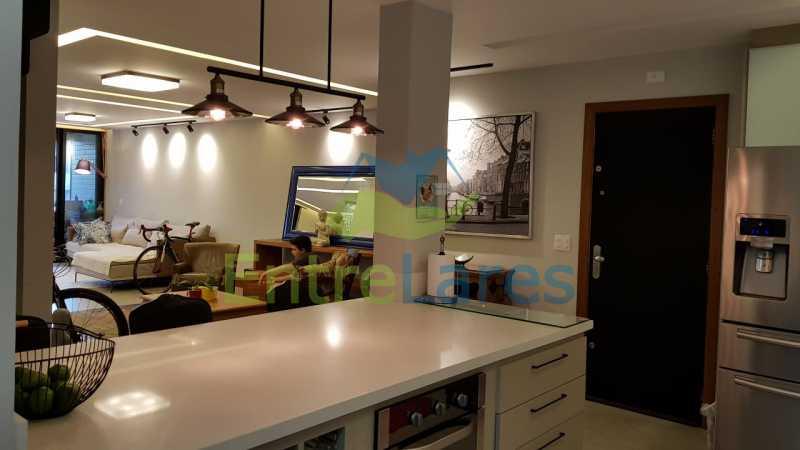 B1 - Cobertura duplex no Jardim Guanabara 4 quartos sendo 2 suítes planejadas 1 delas master com closet, varandão, cozinha planejada, sala de tv, sala de jogos, área gourmet, piscina com deck, 3 vagas. Rua Babaçu - ILCO40006 - 9