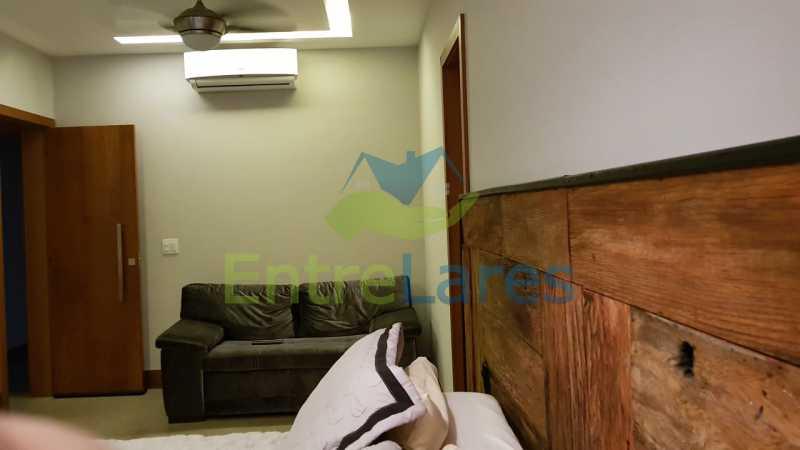 C3 - Cobertura duplex no Jardim Guanabara 4 quartos sendo 2 suítes planejadas 1 delas master com closet, varandão, cozinha planejada, sala de tv, sala de jogos, área gourmet, piscina com deck, 3 vagas. Rua Babaçu - ILCO40006 - 14