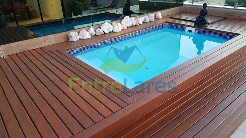 F2 - Cobertura duplex no Jardim Guanabara 4 quartos sendo 2 suítes planejadas 1 delas master com closet, varandão, cozinha planejada, sala de tv, sala de jogos, área gourmet, piscina com deck, 3 vagas. Rua Babaçu - ILCO40006 - 25