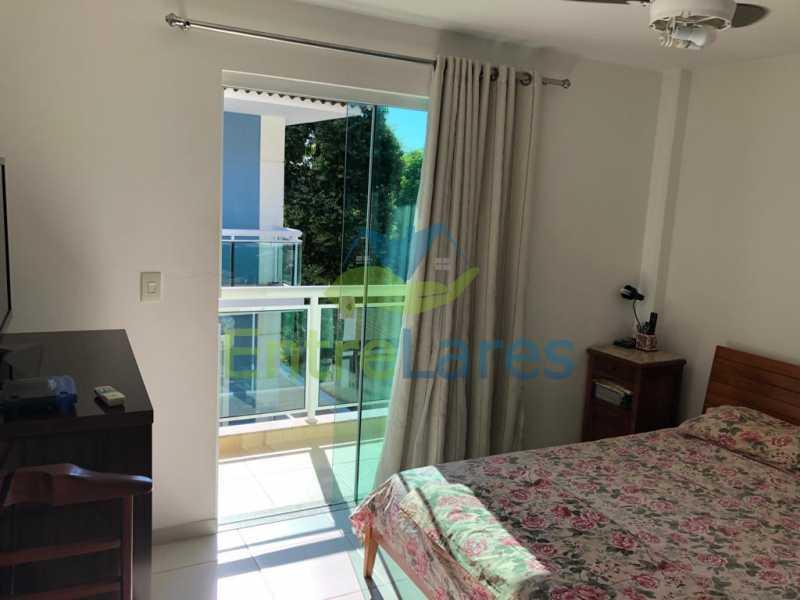 B2 - Casa em condomínio fechado na Praia da Bandeira 4 quartos sendo 1 suíte e 3 com acesso a varanda, lavabos, área de serviço com banheiro, cozinha, 2 vagas. Rua Ambaitinga - ILCN40004 - 7