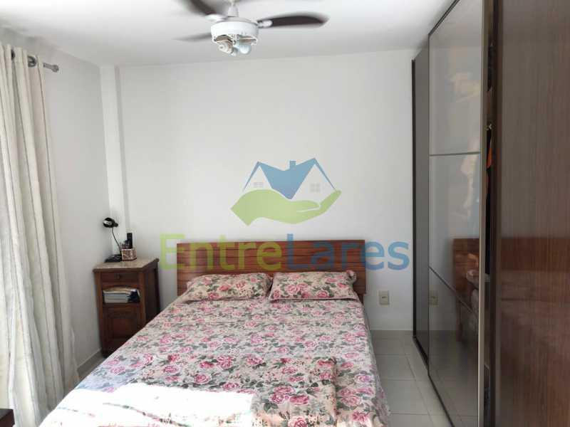 B3 - Casa em condomínio fechado na Praia da Bandeira 4 quartos sendo 1 suíte e 3 com acesso a varanda, lavabos, área de serviço com banheiro, cozinha, 2 vagas. Rua Ambaitinga - ILCN40004 - 8