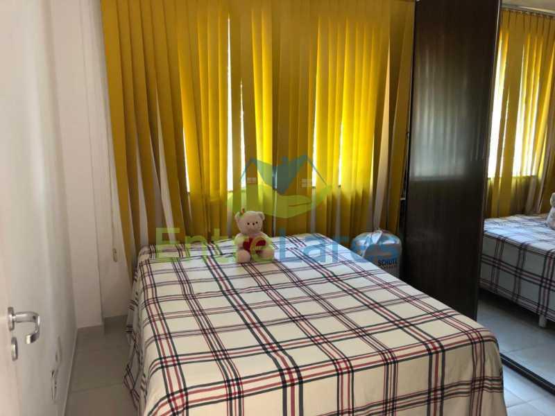 C1 - Casa em condomínio fechado na Praia da Bandeira 4 quartos sendo 1 suíte e 3 com acesso a varanda, lavabos, área de serviço com banheiro, cozinha, 2 vagas. Rua Ambaitinga - ILCN40004 - 9
