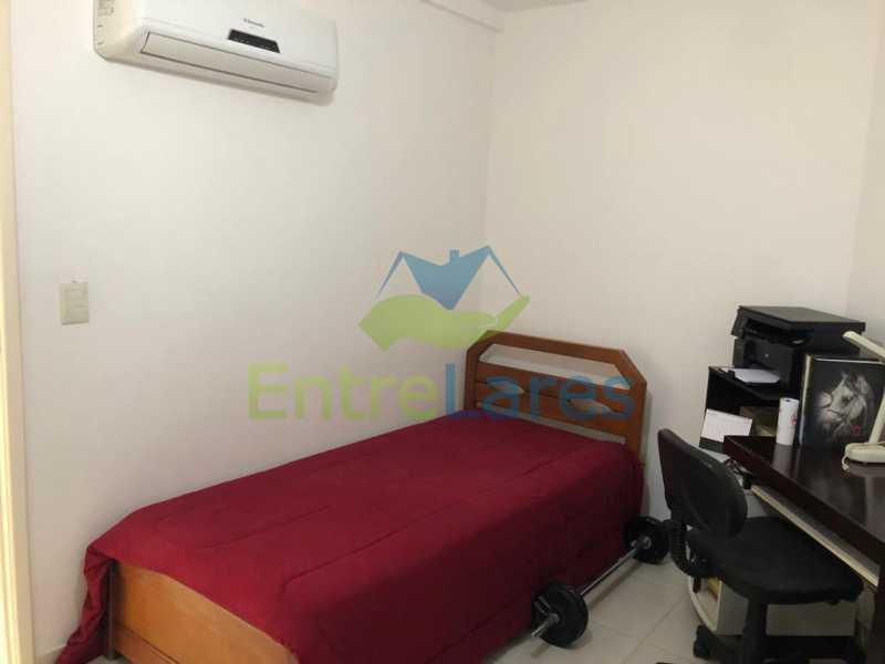 D1 - Casa em condomínio fechado na Praia da Bandeira 4 quartos sendo 1 suíte e 3 com acesso a varanda, lavabos, área de serviço com banheiro, cozinha, 2 vagas. Rua Ambaitinga - ILCN40004 - 10