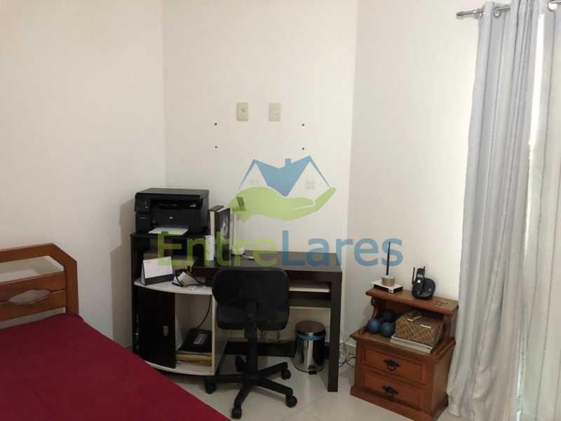 D2 - Casa em condomínio fechado na Praia da Bandeira 4 quartos sendo 1 suíte e 3 com acesso a varanda, lavabos, área de serviço com banheiro, cozinha, 2 vagas. Rua Ambaitinga - ILCN40004 - 11
