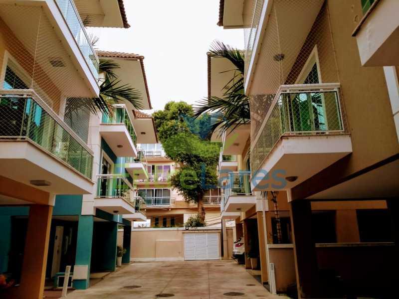 G1 - Casa em condomínio fechado na Praia da Bandeira 4 quartos sendo 1 suíte e 3 com acesso a varanda, lavabos, área de serviço com banheiro, cozinha, 2 vagas. Rua Ambaitinga - ILCN40004 - 18