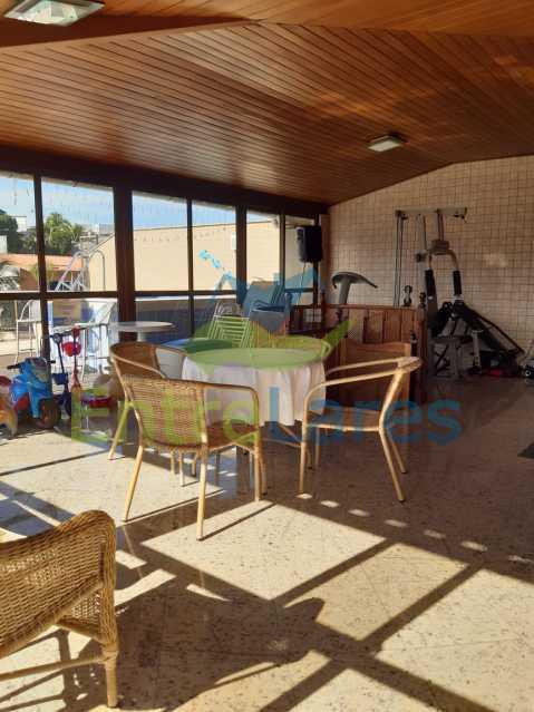 E3 - Cobertura no Jardim Guanabara 2 quartos planejados sendo 1 suíte, copa cozinha planejada área gourmet com churrasqueira, piscina. Rua Porto Seguro - ILCO20005 - 22
