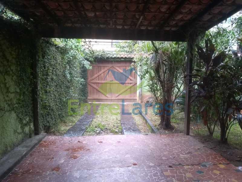 A4 - Casa no Cocotá com 4 quartos sendo 1 suíte quintal, cozinha reformada com armários planejados, 4 vagas de garagem. Rua Marquês de Muritiba - ILCA40089 - 5