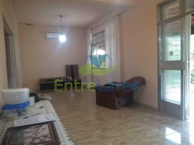 B2 - Casa no Cocotá com 4 quartos sendo 1 suíte quintal, cozinha reformada com armários planejados, 4 vagas de garagem. Rua Marquês de Muritiba - ILCA40089 - 8