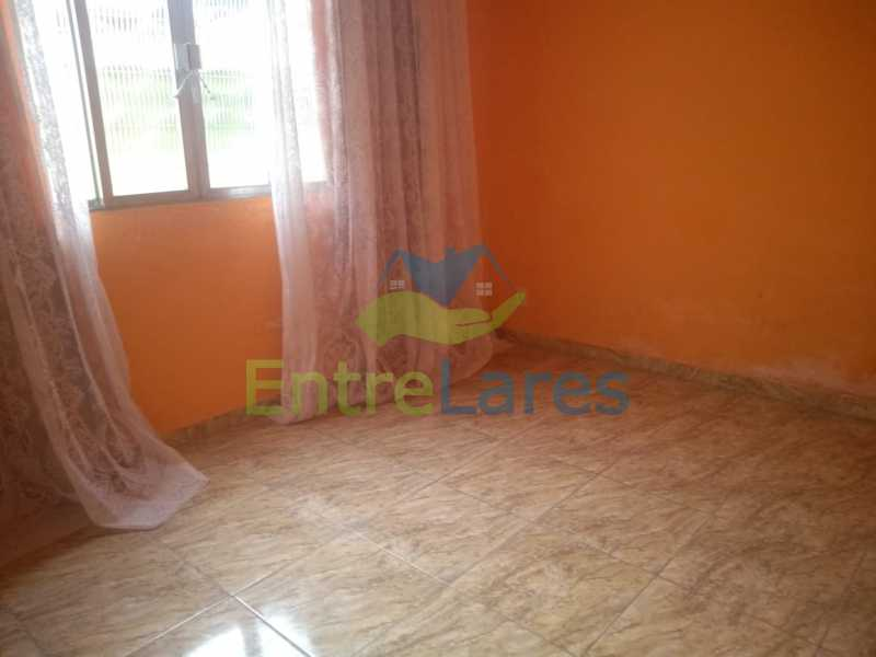 C2 - Casa no Cocotá com 4 quartos sendo 1 suíte quintal, cozinha reformada com armários planejados, 4 vagas de garagem. Rua Marquês de Muritiba - ILCA40089 - 11