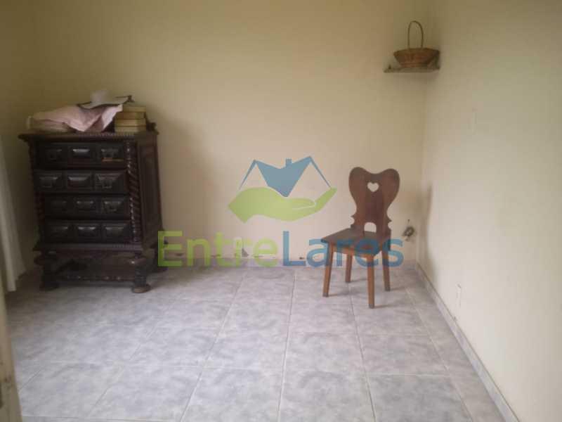 D2 - Casa no Cocotá com 4 quartos sendo 1 suíte quintal, cozinha reformada com armários planejados, 4 vagas de garagem. Rua Marquês de Muritiba - ILCA40089 - 14