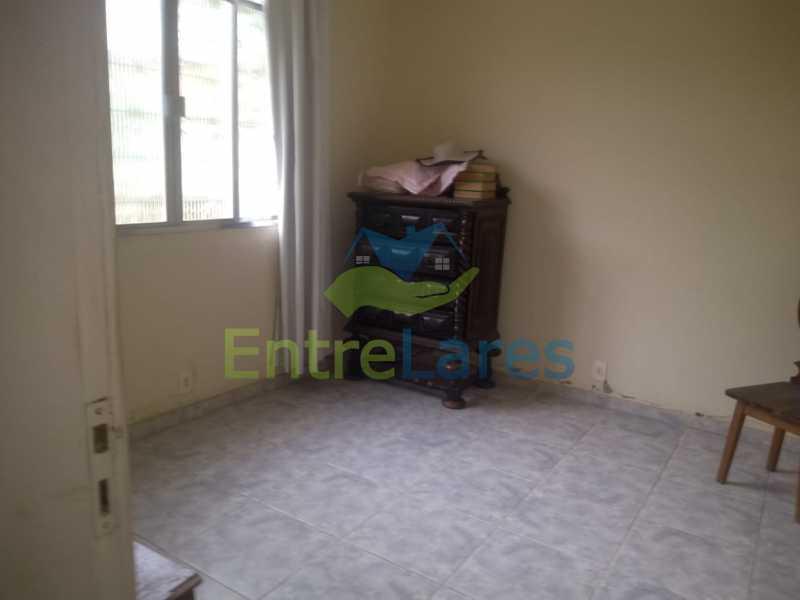 D3 - Casa no Cocotá com 4 quartos sendo 1 suíte quintal, cozinha reformada com armários planejados, 4 vagas de garagem. Rua Marquês de Muritiba - ILCA40089 - 15