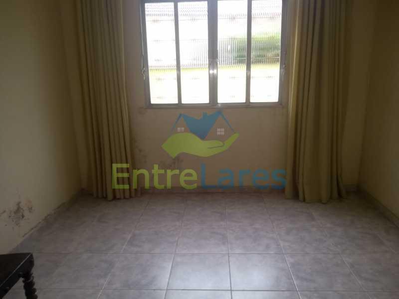 E1 - Casa no Cocotá com 4 quartos sendo 1 suíte quintal, cozinha reformada com armários planejados, 4 vagas de garagem. Rua Marquês de Muritiba - ILCA40089 - 18