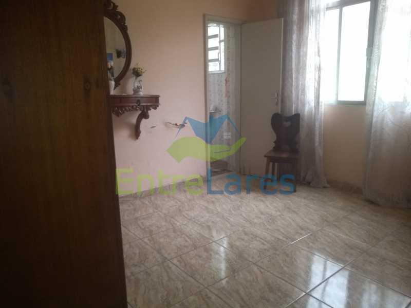 F2 - Casa no Cocotá com 4 quartos sendo 1 suíte quintal, cozinha reformada com armários planejados, 4 vagas de garagem. Rua Marquês de Muritiba - ILCA40089 - 21