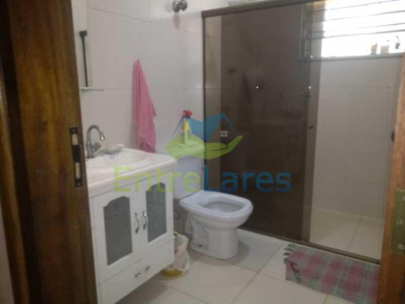 G1 - Casa no Cocotá com 4 quartos sendo 1 suíte quintal, cozinha reformada com armários planejados, 4 vagas de garagem. Rua Marquês de Muritiba - ILCA40089 - 24