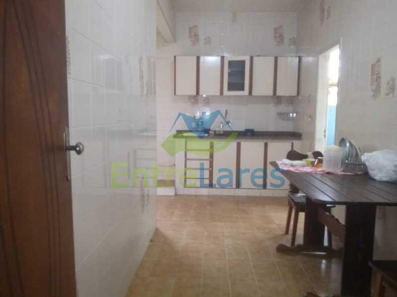 H1 - Casa no Cocotá com 4 quartos sendo 1 suíte quintal, cozinha reformada com armários planejados, 4 vagas de garagem. Rua Marquês de Muritiba - ILCA40089 - 25