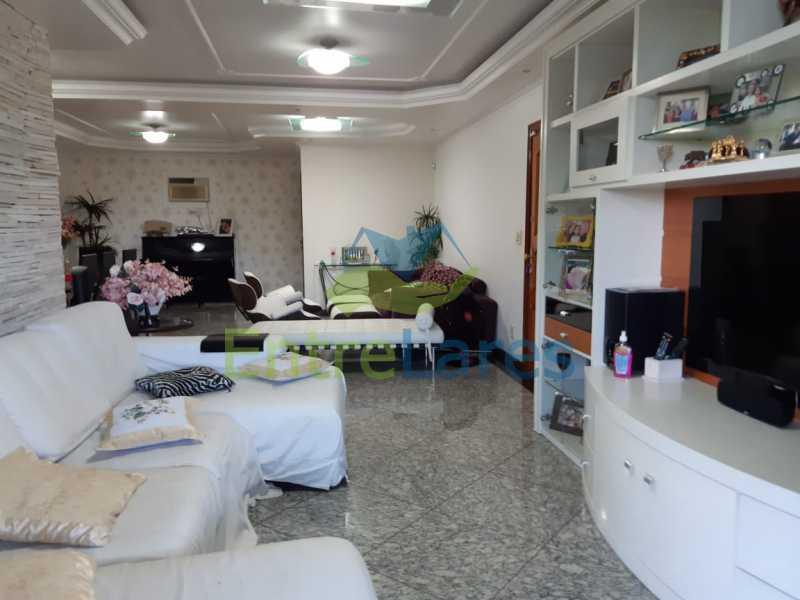 A2 - Apartamento no Jardim Guanabara, 5 quartos planejados sendo três suítes e 1 master com hidromassagem e closet com varandão, copa e cozinha planejada, sala em 3 ambientes com varandão, 5 vagas. Rua Orestes Barbosa - ILAP50004 - 3