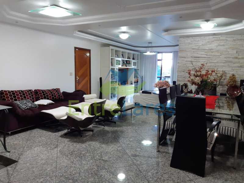 A3 - Apartamento no Jardim Guanabara, 5 quartos planejados sendo três suítes e 1 master com hidromassagem e closet com varandão, copa e cozinha planejada, sala em 3 ambientes com varandão, 5 vagas. Rua Orestes Barbosa - ILAP50004 - 4