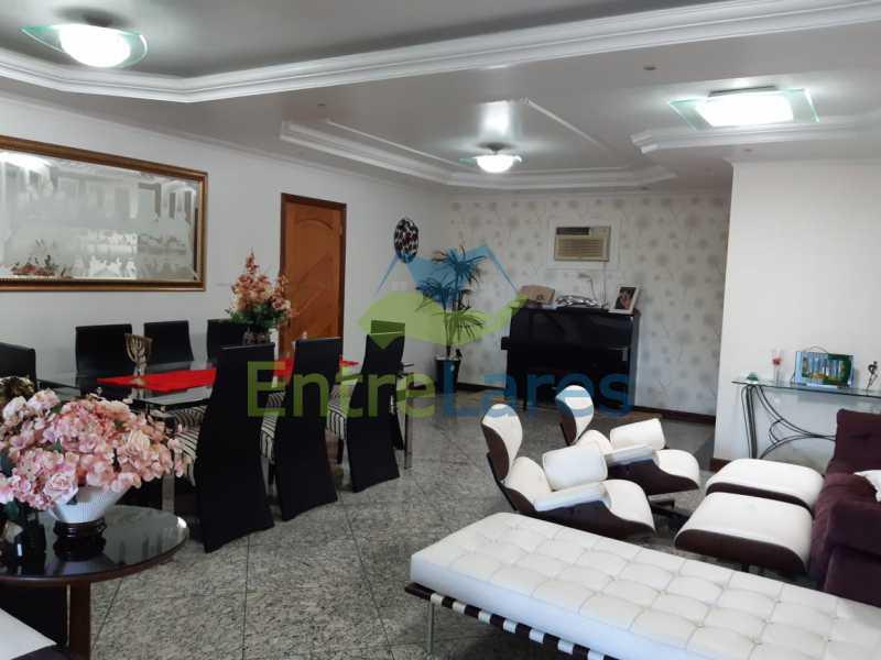A4 - Apartamento no Jardim Guanabara, 5 quartos planejados sendo três suítes e 1 master com hidromassagem e closet com varandão, copa e cozinha planejada, sala em 3 ambientes com varandão, 5 vagas. Rua Orestes Barbosa - ILAP50004 - 5