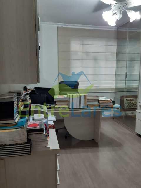 F1 - Apartamento no Jardim Guanabara, 5 quartos planejados sendo três suítes e 1 master com hidromassagem e closet com varandão, copa e cozinha planejada, sala em 3 ambientes com varandão, 5 vagas. Rua Orestes Barbosa - ILAP50004 - 22
