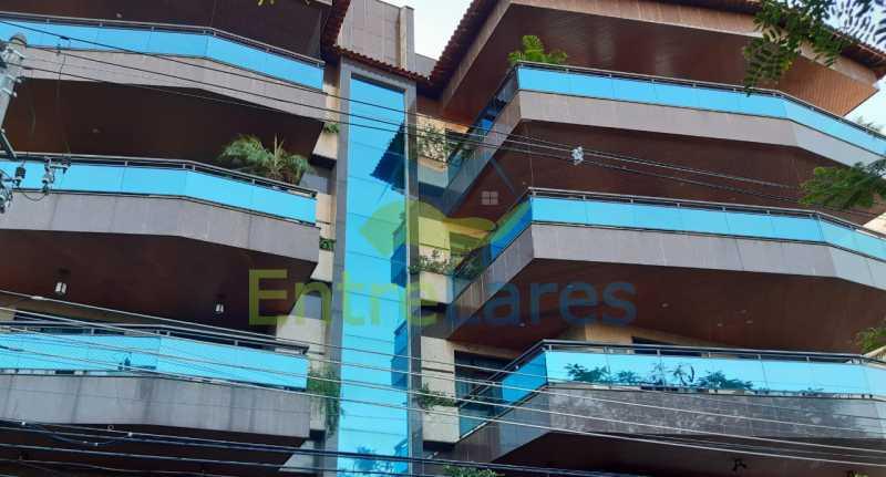 I5 - Apartamento no Jardim Guanabara, 5 quartos planejados sendo três suítes e 1 master com hidromassagem e closet com varandão, copa e cozinha planejada, sala em 3 ambientes com varandão, 5 vagas. Rua Orestes Barbosa - ILAP50004 - 31