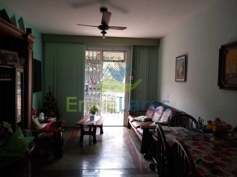 A1 - Apartamento no Jardim Carioca 2 quartos, cozinha planejada, varanda, dependência completa, 1 vaga de garagem. Rua Combu - ILAP20485 - 1