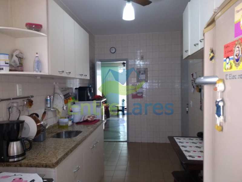 E1 - Apartamento no Jardim Carioca 2 quartos, cozinha planejada, varanda, dependência completa, 1 vaga de garagem. Rua Combu - ILAP20485 - 14