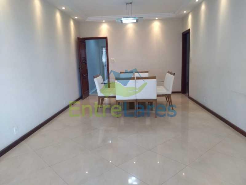 a3 - Casa em Olaria 3 quartos sendo 2 suítes, cozinha com armários, terraço, 6 vagas de garagem. Rua Doutor Nunes - ILCA30124 - 4