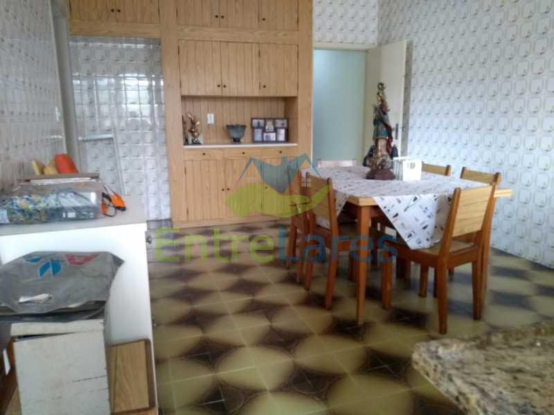 F1 - Casa em Olaria 3 quartos sendo 2 suítes, cozinha com armários, terraço, 6 vagas de garagem. Rua Doutor Nunes - ILCA30124 - 20