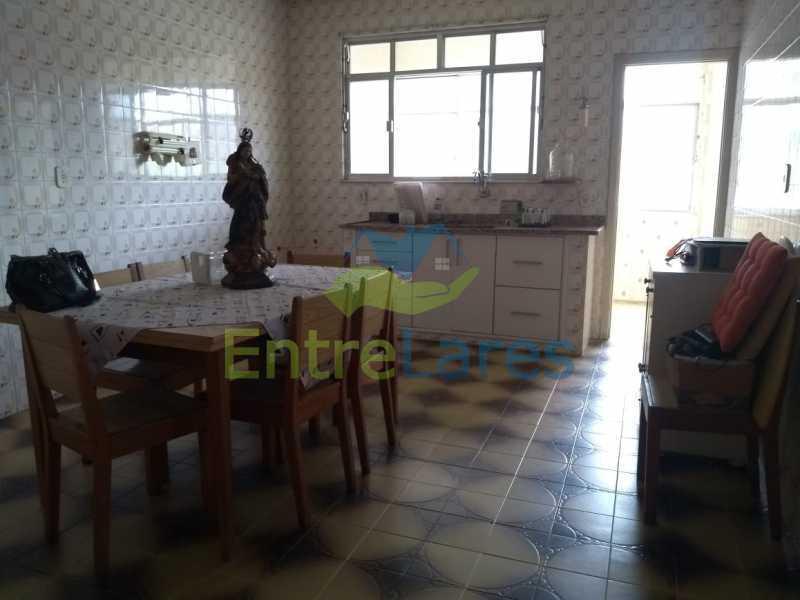 F2 - Casa em Olaria 3 quartos sendo 2 suítes, cozinha com armários, terraço, 6 vagas de garagem. Rua Doutor Nunes - ILCA30124 - 21