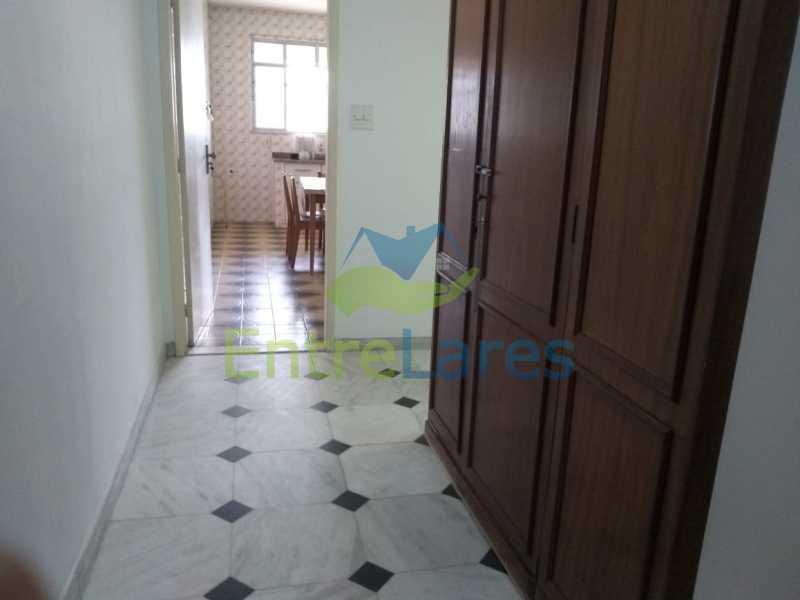 F4 - Casa em Olaria 3 quartos sendo 2 suítes, cozinha com armários, terraço, 6 vagas de garagem. Rua Doutor Nunes - ILCA30124 - 23