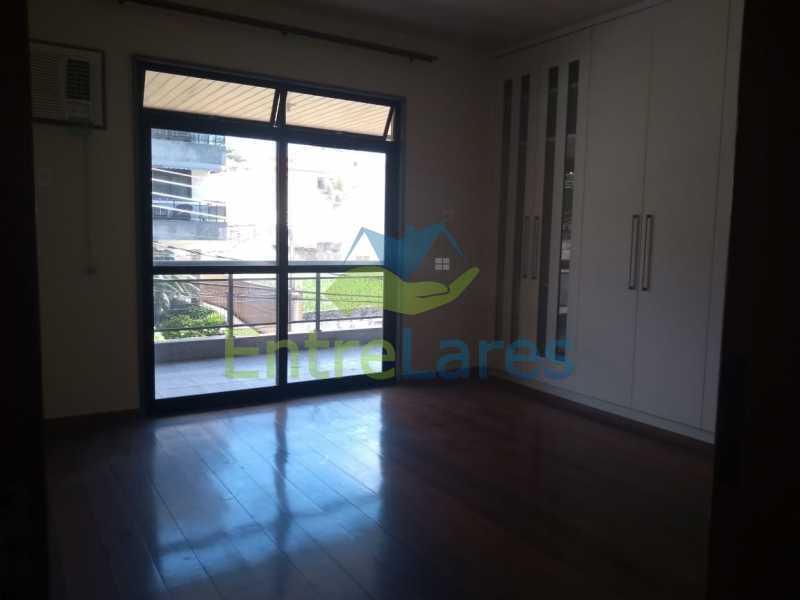 C1 - Apartamento no Jardim Carioca 3 quartos sendo 1 suíte com armário, varandão em toda extensão, cozinha planejada, 2 vagas. Rua Alberto Delfino - ILAP30294 - 12