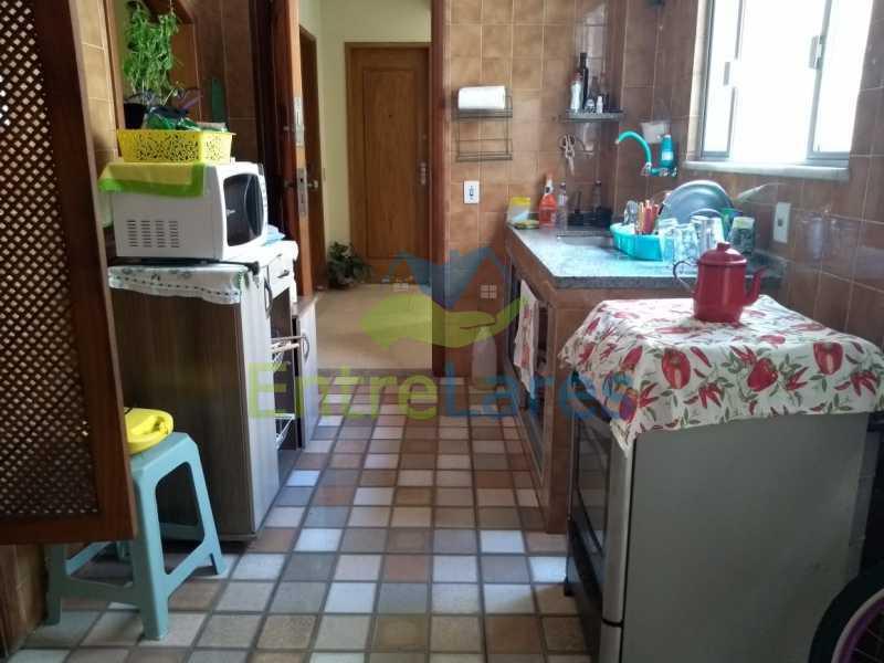 F2 - Apartamento na Ribeira 3 quartos sendo 1 suíte, cozinha. banheiro de serviço, prédio com elevador, 1 vaga de garagem. Rua Serrão - ILAP30295 - 19
