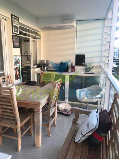 e - Apartamento no Recreio 3 quartos sendo 2 suítes, terceiro quarto revertido para closet, cozinha planejada, ar split. Rua Silvia Pozzano - ILAP30297 - 27