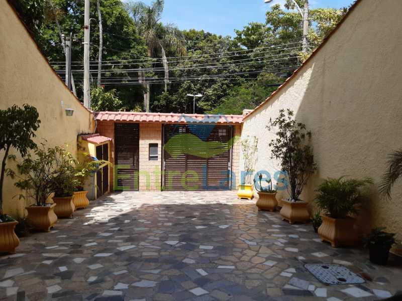 IMG-20200303-WA0044 - Portuguesa 4 quartos sendo 2 ste 1 master, sauna, piscina, terraço, edícula, garagem 3 veículos - ILCA40091 - 31