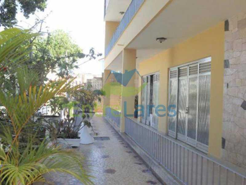 4 - Ilha do Governador casa 5 quartos sendo 2 suítes, varandões, 3 vagas de garagem. - ILCA50043 - 1