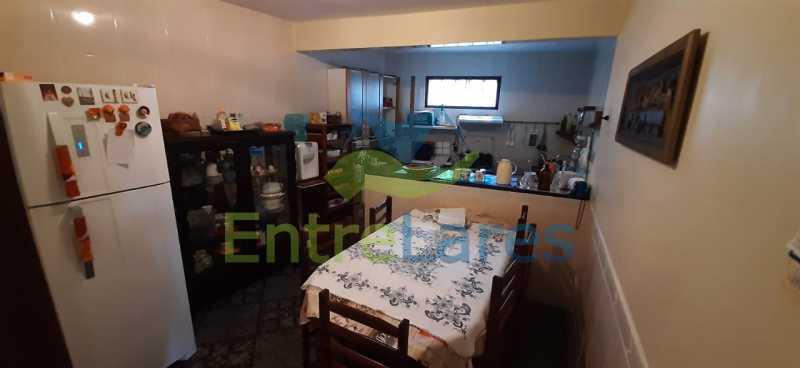 IMG-20200526-WA0021 - Casa duplex em Cabo Frio (Peró) 4 quartos, 2 suítes, área gourmet, garagem 6 autos, varandas, frutíferas. - ILCA40093 - 10