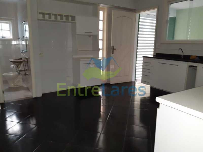 62 - Portuguesa 3 quartos todos suítes, closet, churrasqueira, forno lenha vaga 3 carros - ILCA30125 - 21