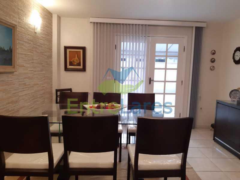 A3 - Casa duplex na Portuguesa 3 quartos planejados sendo 1 suíte, copa e cozinha planejadas, lavabo e lavanderia, 3 vagas de garagem, hidráulica e elétricas novas. Rua Engenheiro Coelho Cintra - ILCN30007 - 5