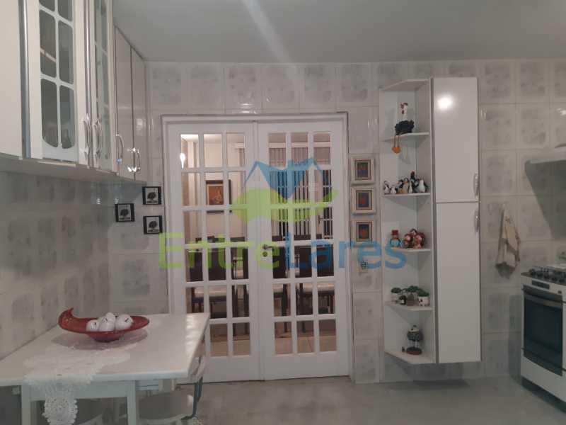F2 - Casa duplex na Portuguesa 3 quartos planejados sendo 1 suíte, copa e cozinha planejadas, lavabo e lavanderia, 3 vagas de garagem, hidráulica e elétricas novas. Rua Engenheiro Coelho Cintra - ILCN30007 - 18