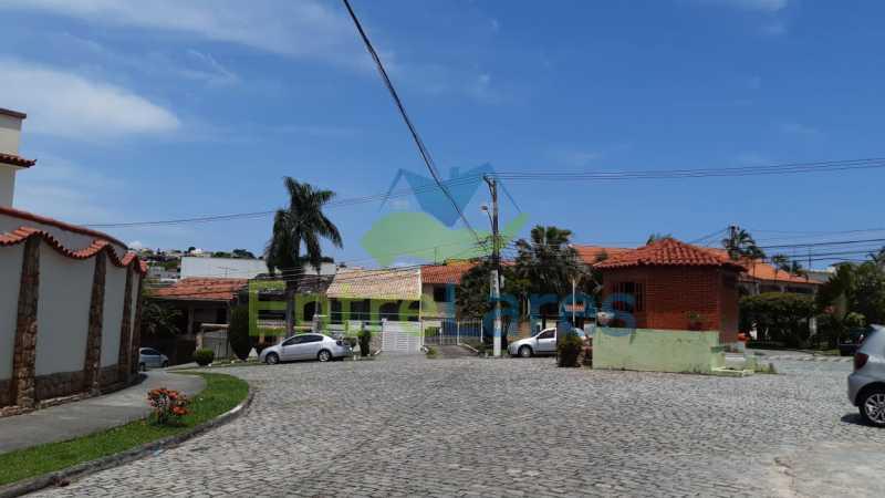 I3 - Casa duplex na Portuguesa 3 quartos planejados sendo 1 suíte, copa e cozinha planejadas, lavabo e lavanderia, 3 vagas de garagem, hidráulica e elétricas novas. Rua Engenheiro Coelho Cintra - ILCN30007 - 27