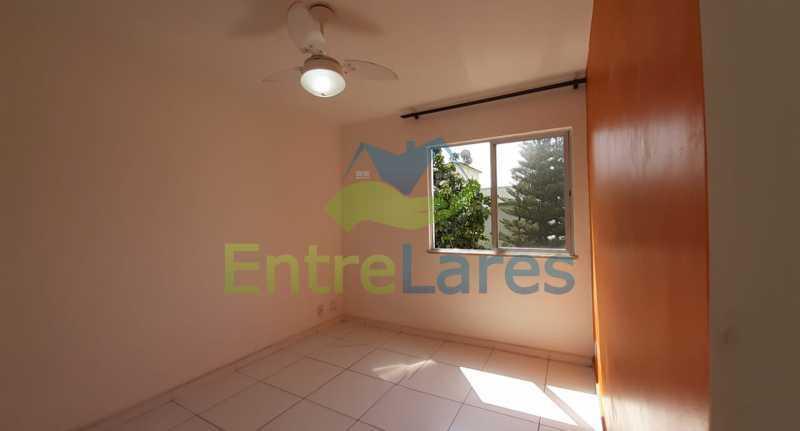A1 - Apartamento na Portuguesa 1 quarto, banheiro reformado com blindex, 1 vaga de garagem. Avenida Carlos Meziano - ILAP10055 - 1